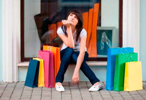 Las compras compulsivas como adicción destructiva y omnipotente