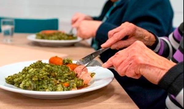 Síntomas de mala nutrición en ancianos.